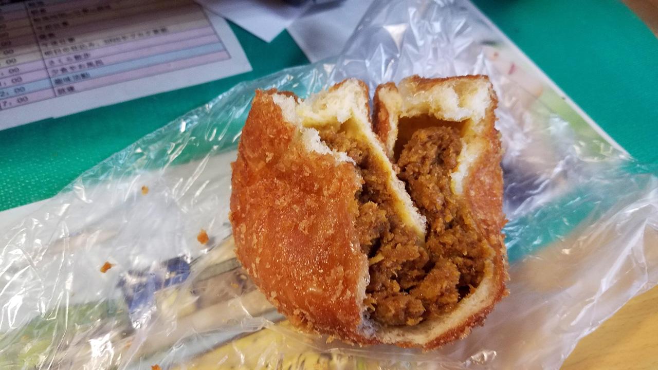 SUMOMO串木野店さんのパン
